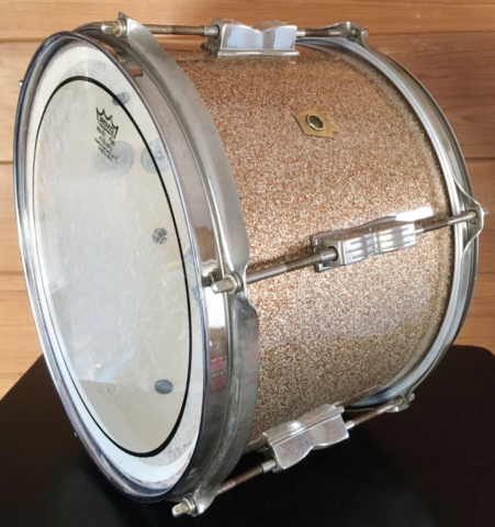1965 Ludwig 12″ Club Date Tom in Champagne Sparkle