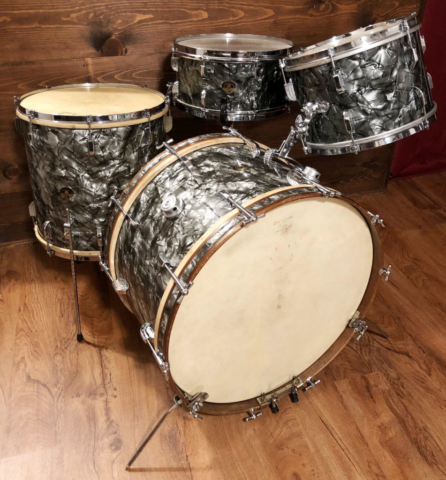 1952-53 Leedy & Ludwig Nite Club Outfit Drum Set in Black Diamond Pearl