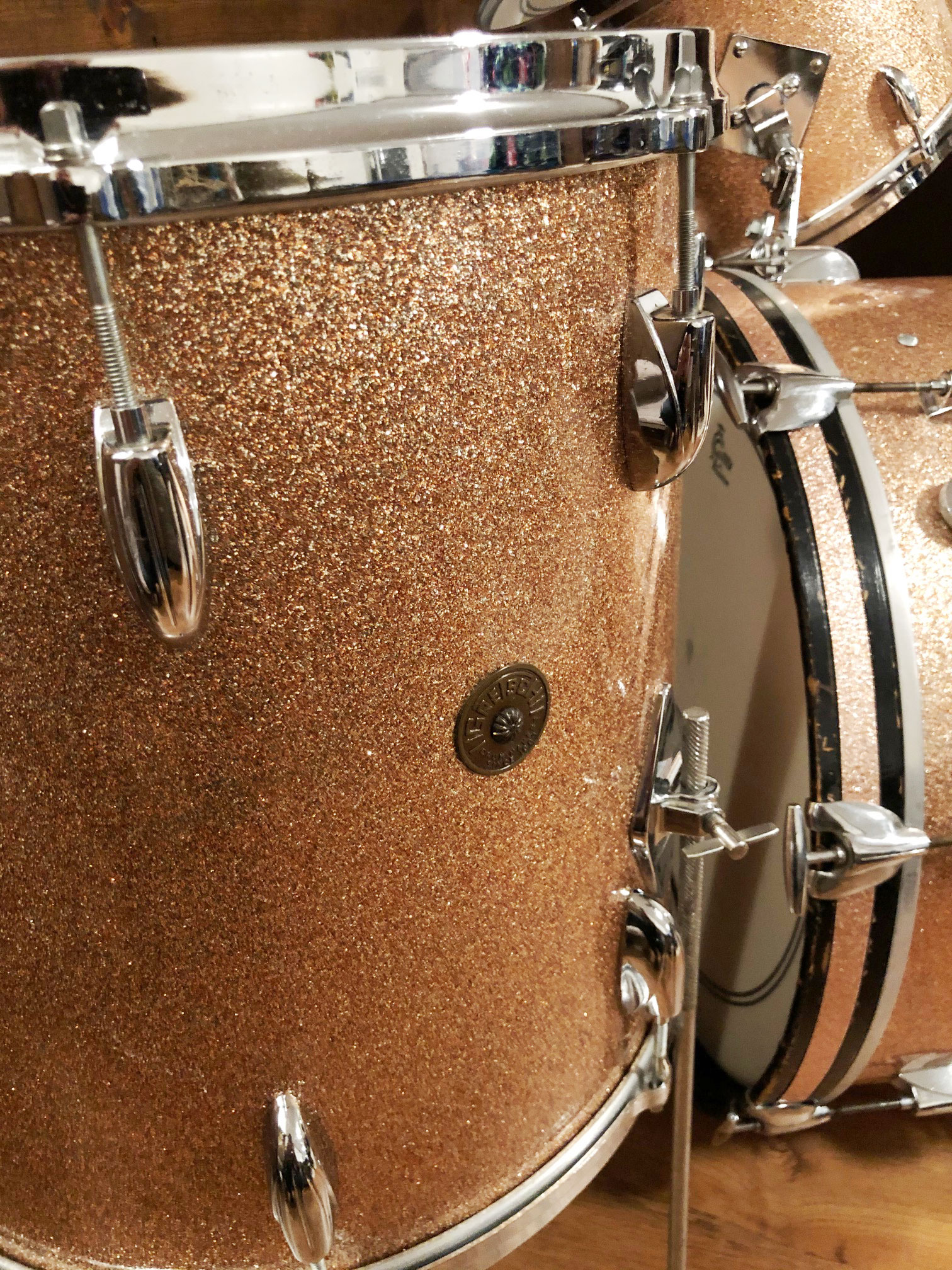 1960s Gretsch Round Badge 13/16/22 Drum Set in Champagne Sparkle